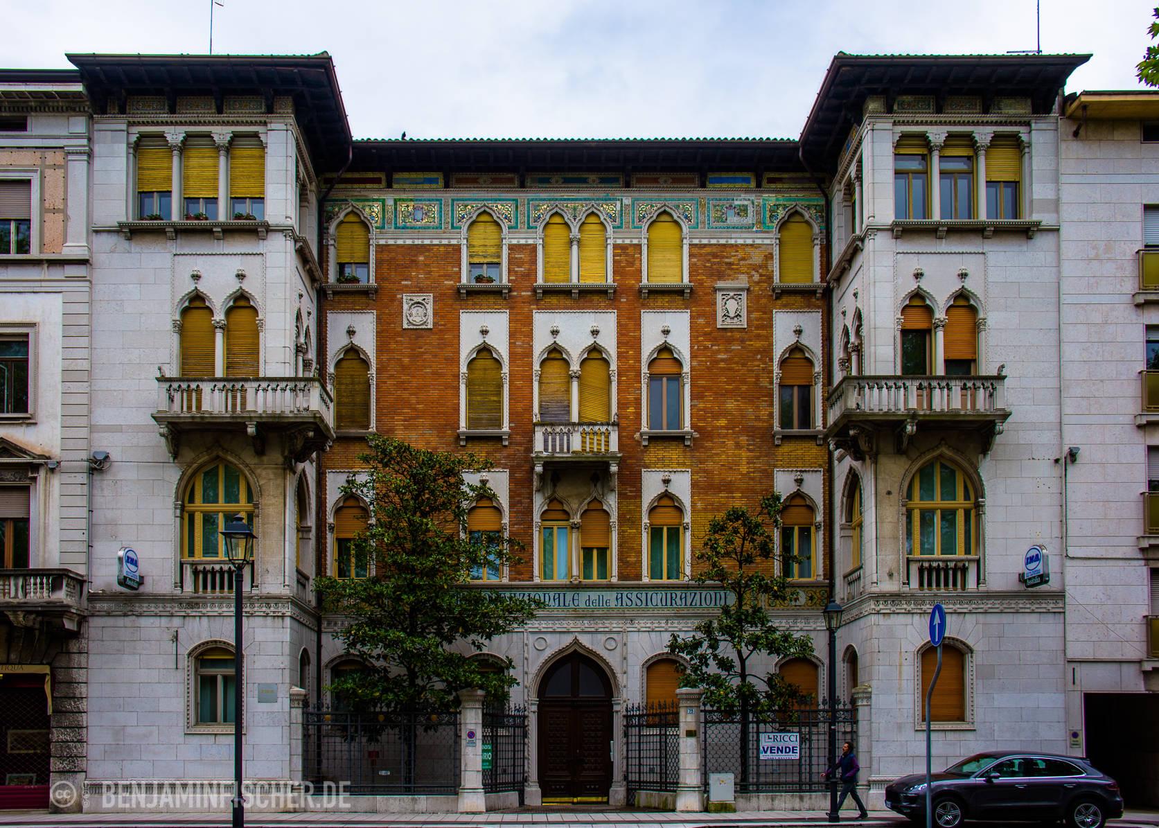 Ein Haus in der Altstadt von Gorizia, Italien