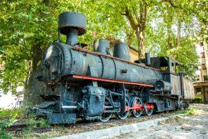 Eine alte Čiro-Lokomotive in Trebinje, Bosnien und Herzegowina